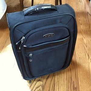 Samsonite Small Wheeled Under Seater Carry On